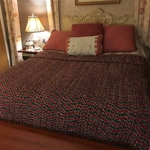 SOFT HANDMADE CROCHETED AFGHAN EXCELLENT CONDITION